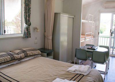 Ensuite-Cabin-main-bedroom-795