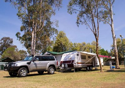 Kahlers-Oasis-Caravan-Park-Powered-Sites